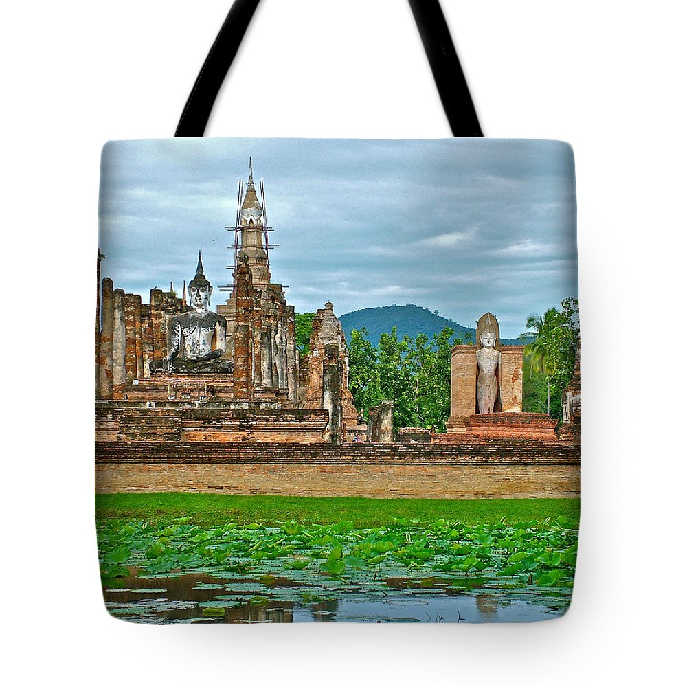 Buddhas At Wat Mahathat In 13th Century Sukhothai Historical Park Tote Bag featuring the photograph Buddhas At Wat Mahathat In 13th Century Sukhothai Historical Park-thailand by Ruth Hager