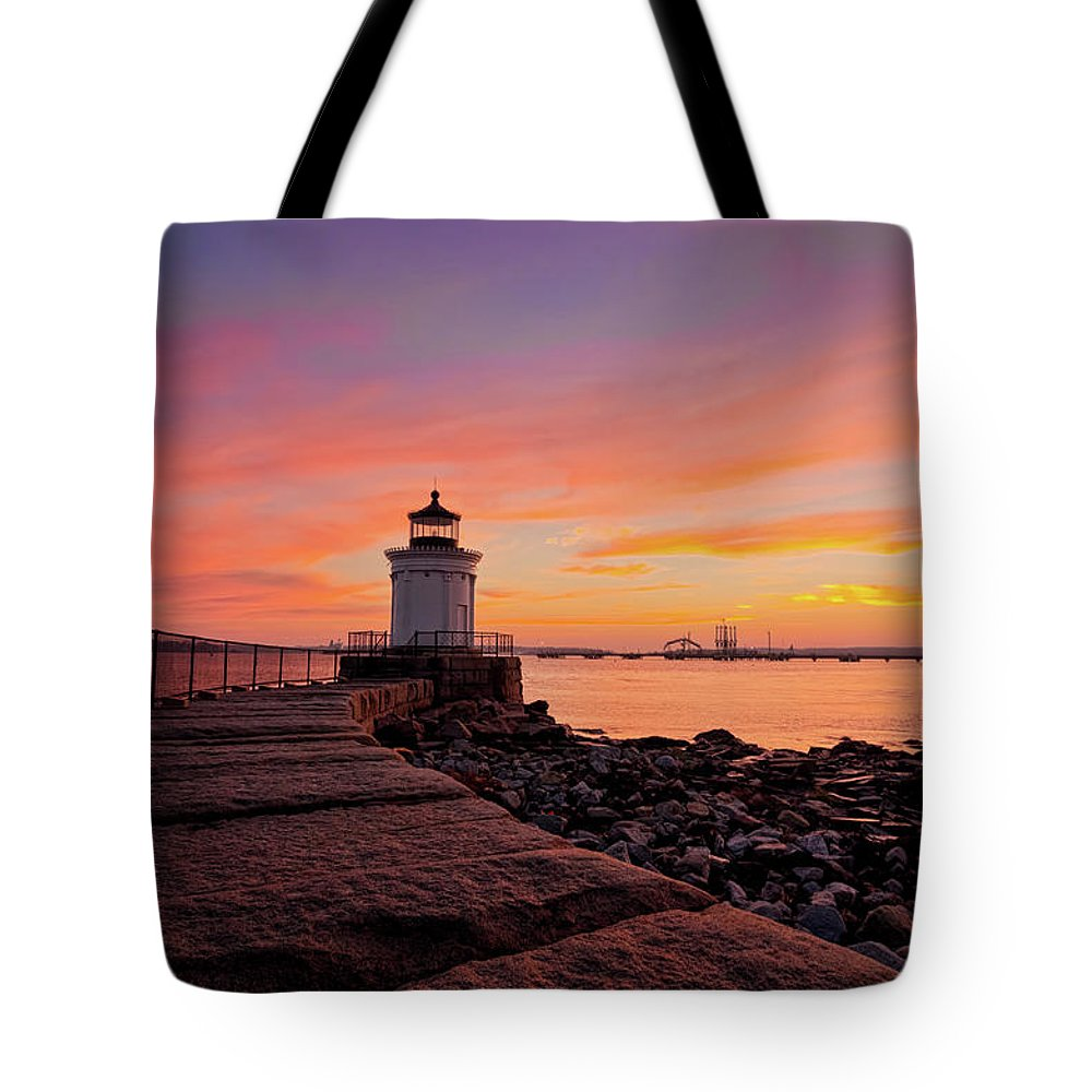 Built Structure Tote Bag featuring the photograph Bug Light Sunrise 1899 by Www.cfwphotography.com