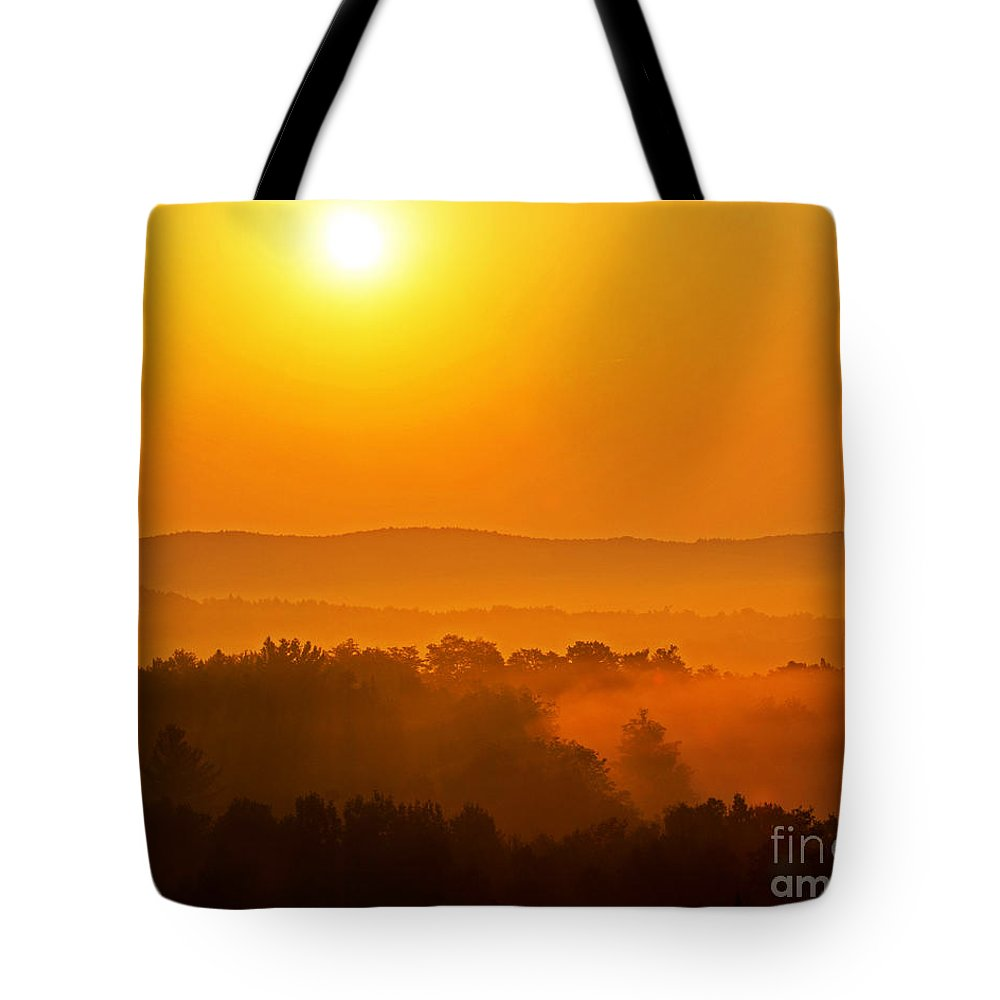 Sunrise Tote Bag featuring the photograph Burning Through by Joe Geraci