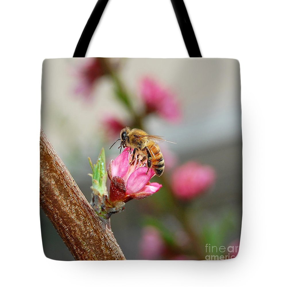 Bee Tote Bag featuring the photograph Busy Bee by Debra Thompson