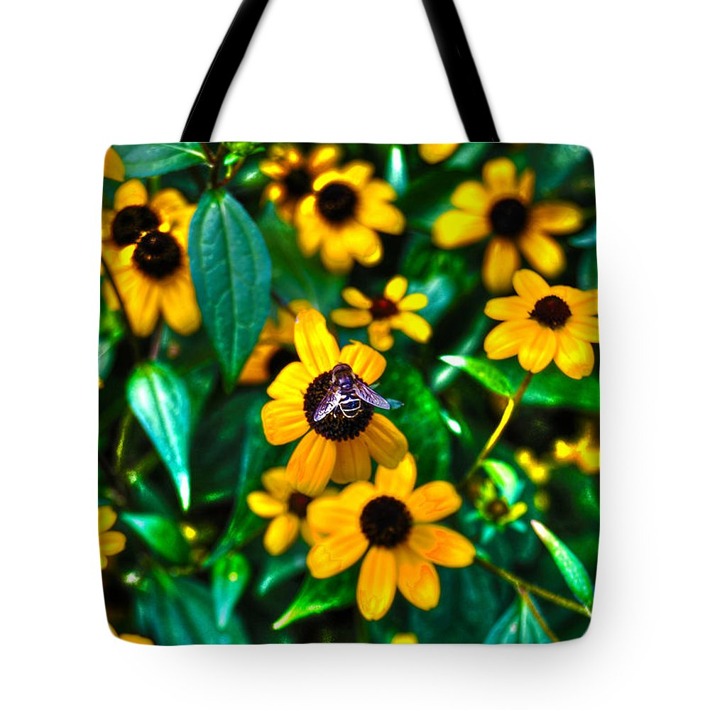 Bee Tote Bag featuring the photograph Busy Bee by Randy Aveille