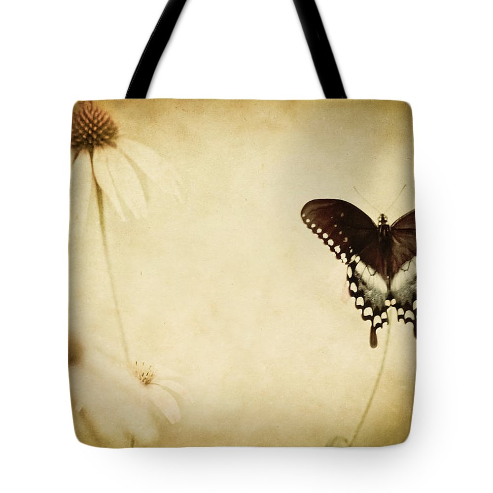 Butterfly Tote Bag featuring the photograph Butterfly Flower by Kim Henderson