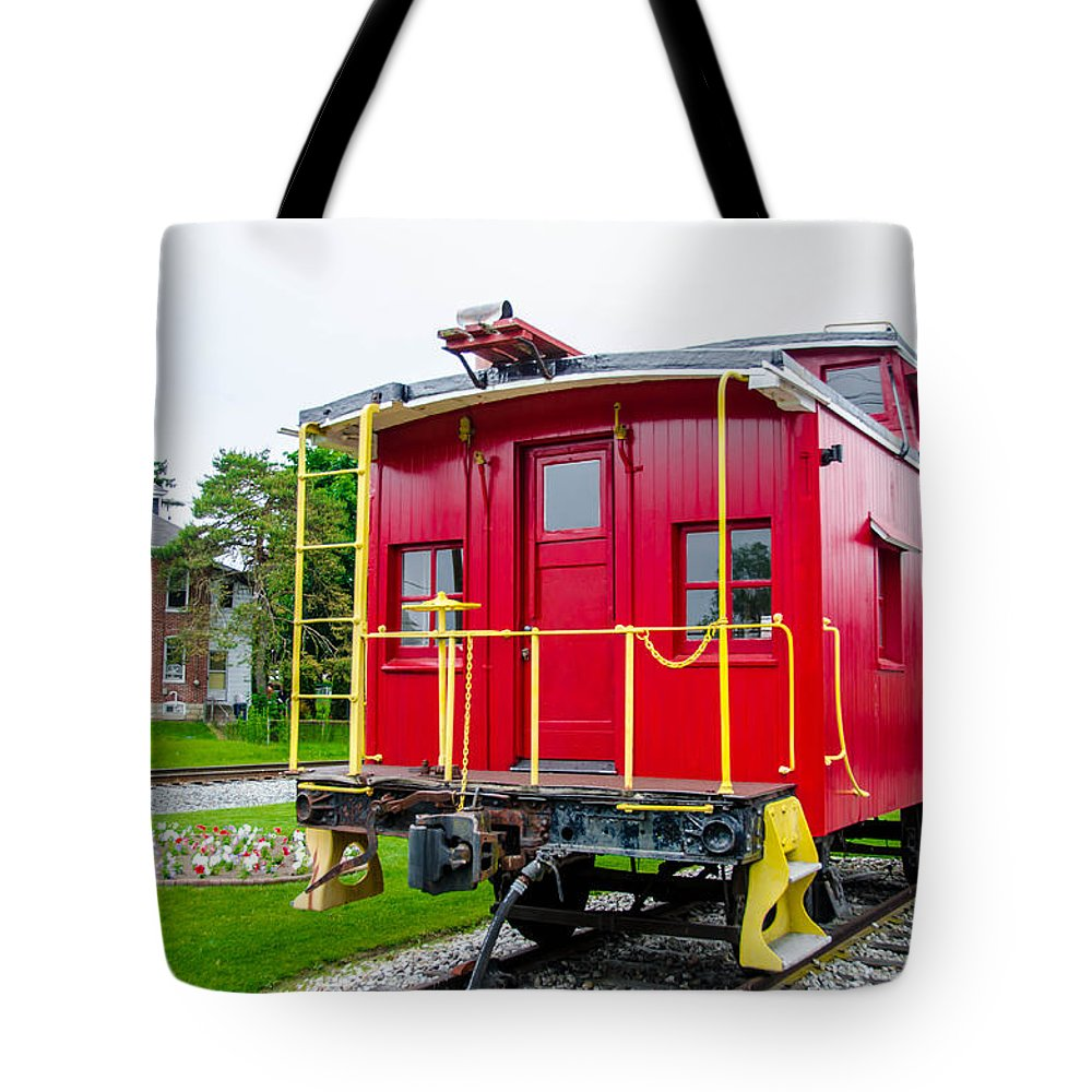 Guy Whiteley Photography Tote Bag featuring the photograph Caboose 476582 by Guy Whiteley