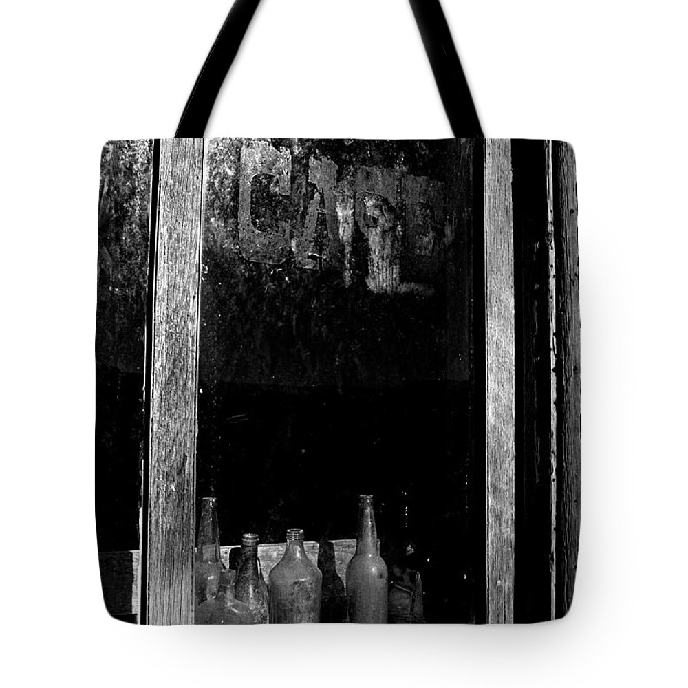 Cafe Tote Bag featuring the photograph Cafe by Paul W Faust - Impressions of Light