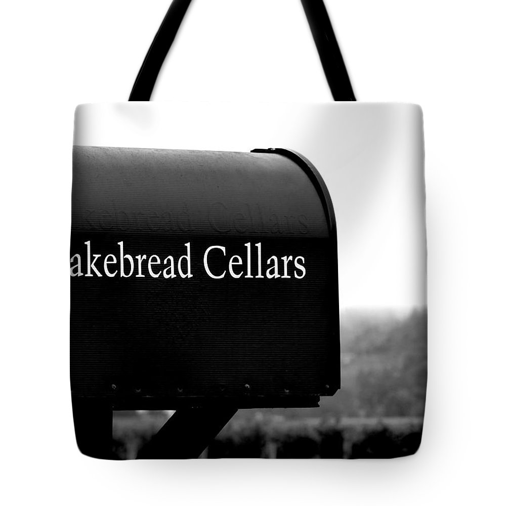 Napa Tote Bag featuring the photograph Cakebread Cellars by Jeff Lowe