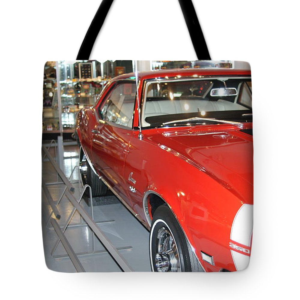Camaro Tote Bag featuring the photograph Camaro Ss by Rob Luzier