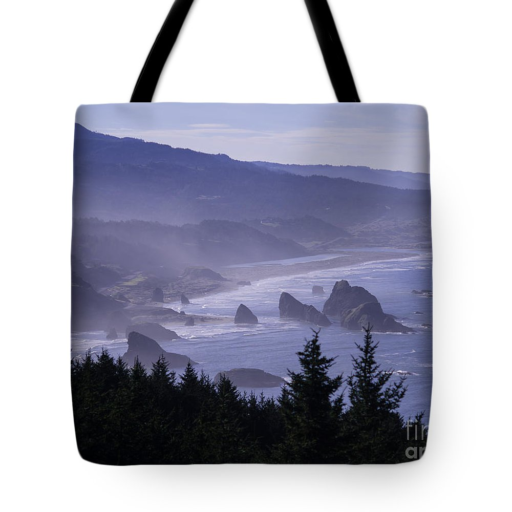 Cape Tote Bag featuring the photograph Cape Sebastian by Tracy Knauer