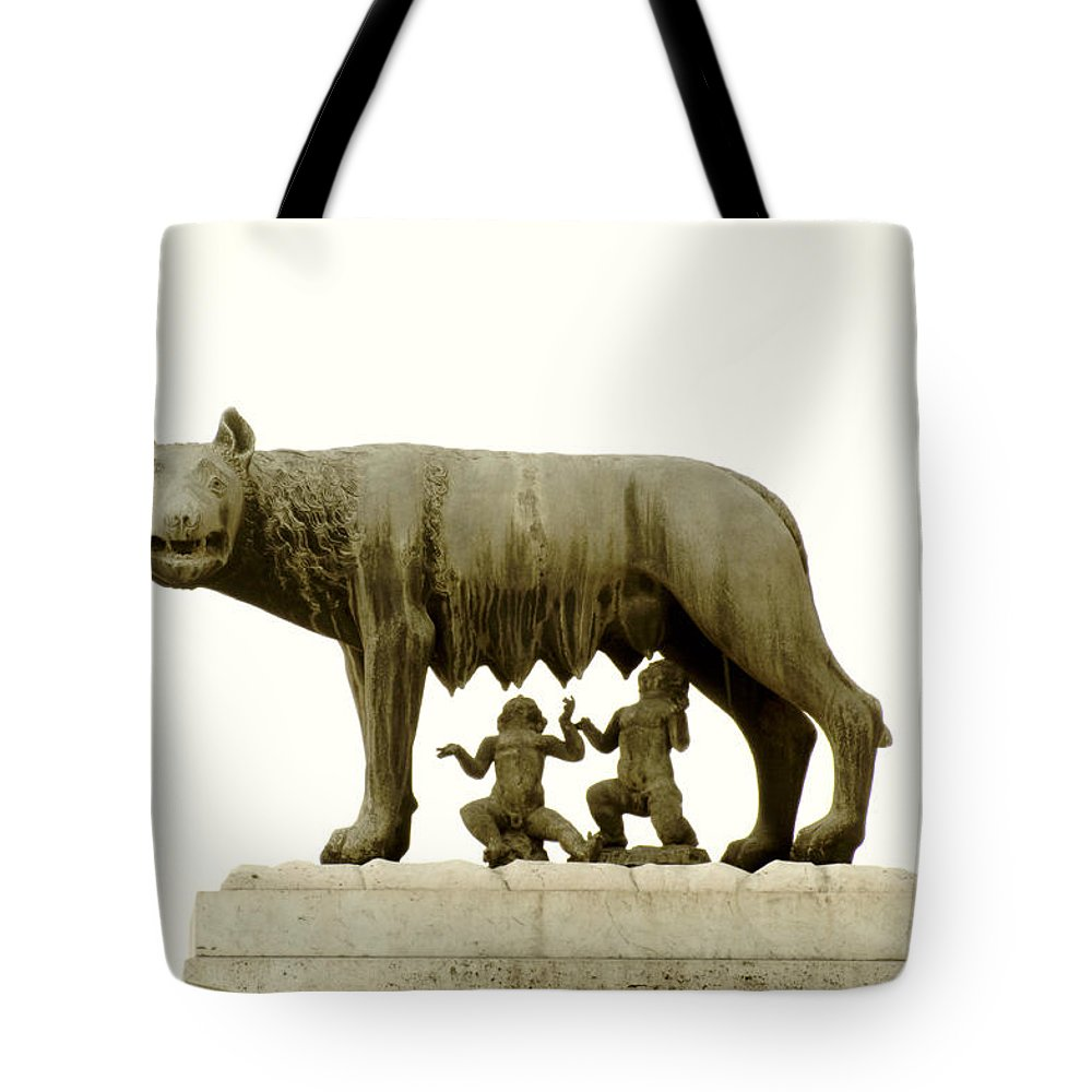 She-wolf Tote Bag featuring the photograph Capitoline She-wolf by Fabrizio Troiani