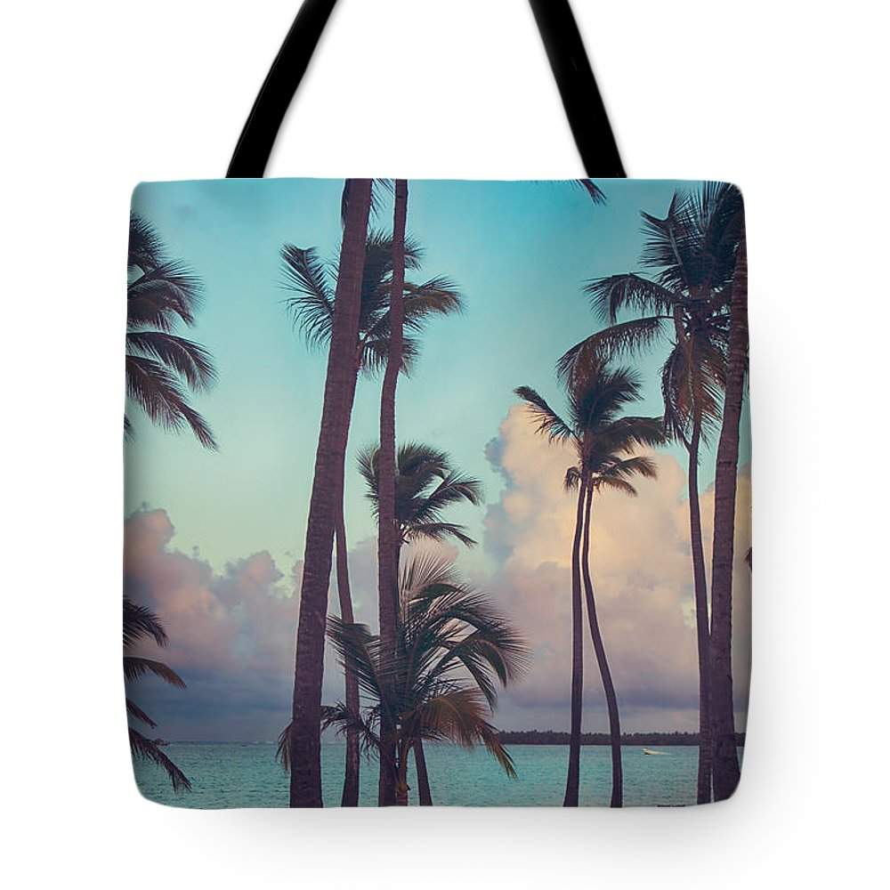 Punta Cana Tote Bag featuring the photograph Caribbean Dreams by Laurie Search