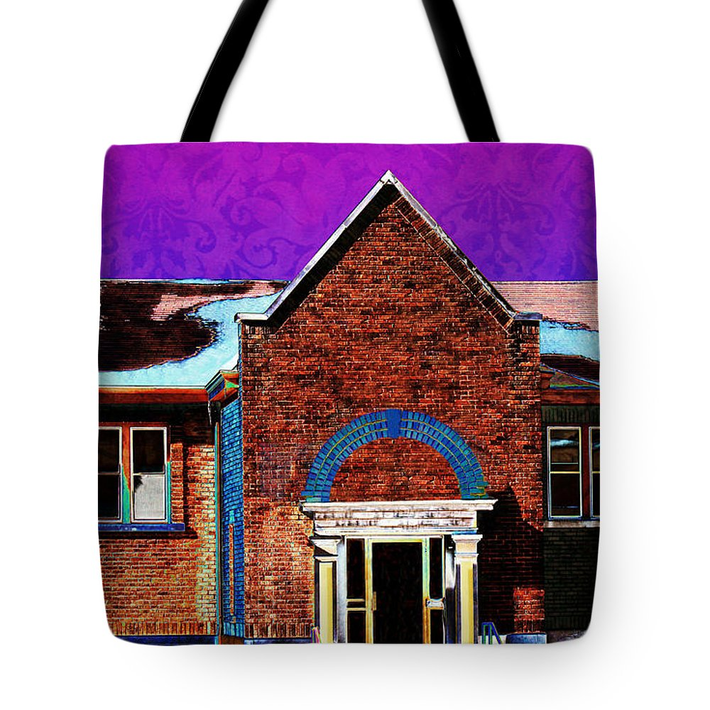 Carnegie Library Tote Bag featuring the photograph Carnegie Library North Platte by Sylvia Thornton