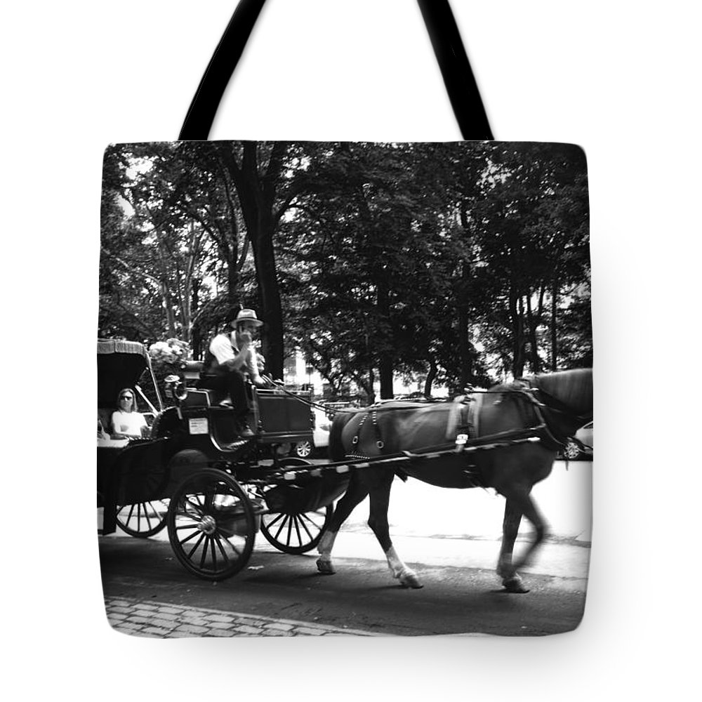 Carriage Tote Bag featuring the photograph Carriage Ride Nyc by Conor McLaughlin