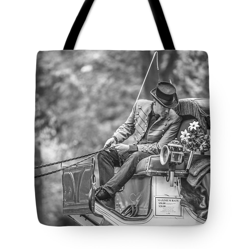 Nyc Tote Bag featuring the photograph Carriage Ride Nyc by John McGraw