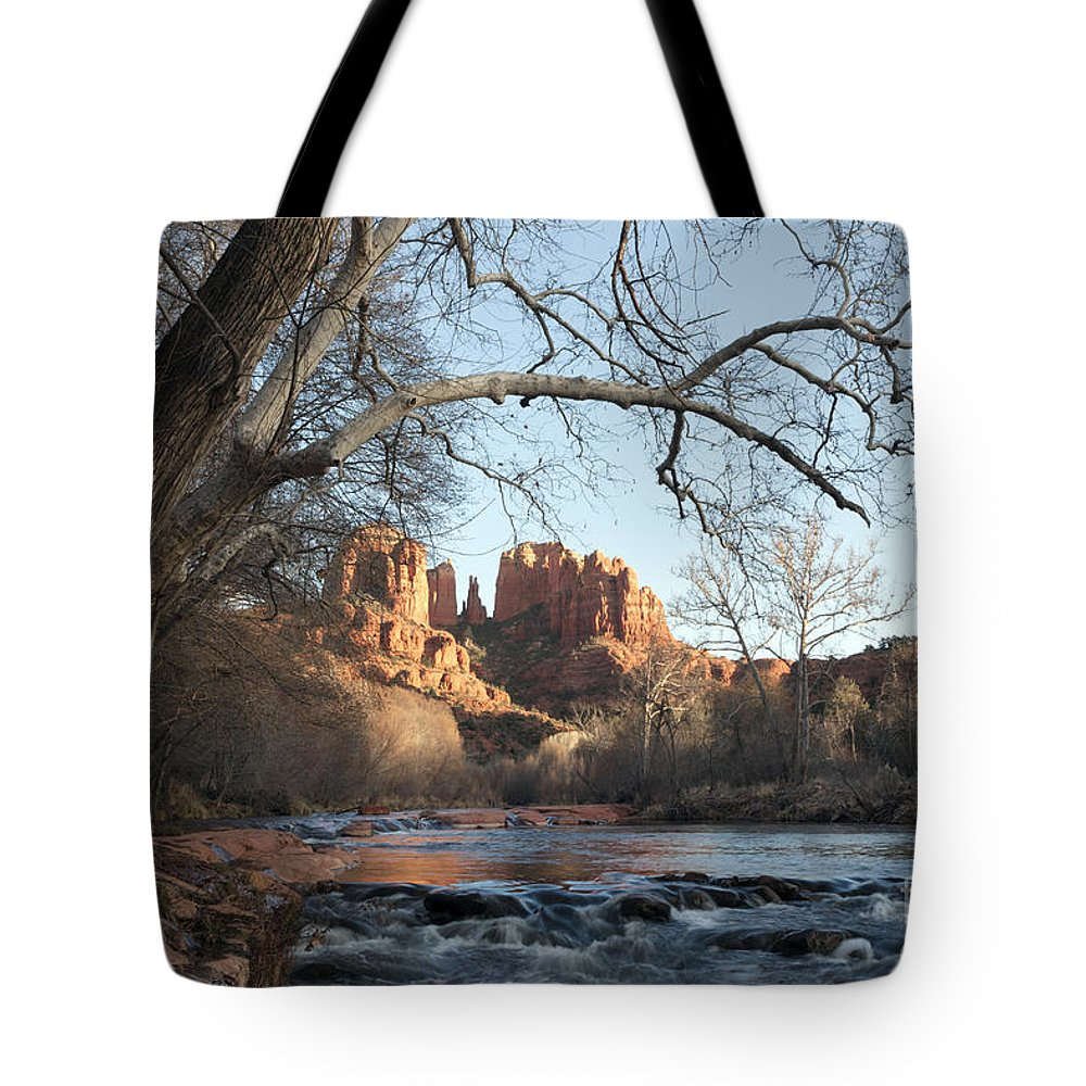 Horizontal Tote Bag featuring the photograph Cathedral Rock From Red Rock Crossing On Oak Creek Arizona by Patrick McGill