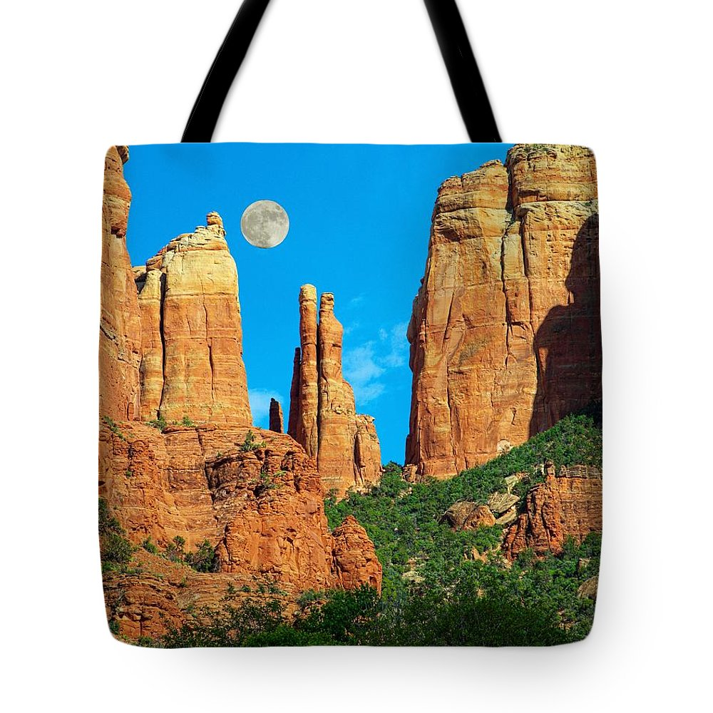Arizona Tote Bag featuring the photograph Cathedral Rock Moon by Steve Ondrus