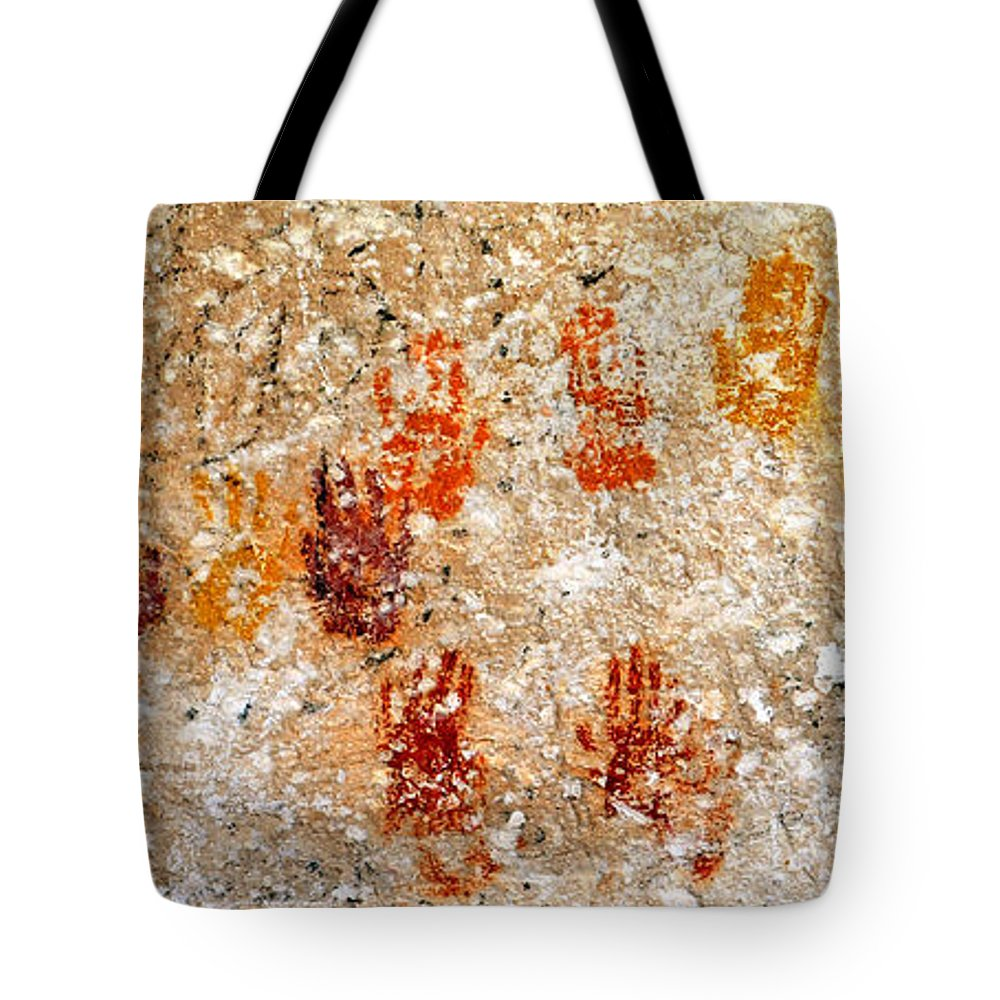 Cave Of A Thousand Hands Tote Bag featuring the photograph Cave Of A Thousand Hands by David Lee Thompson