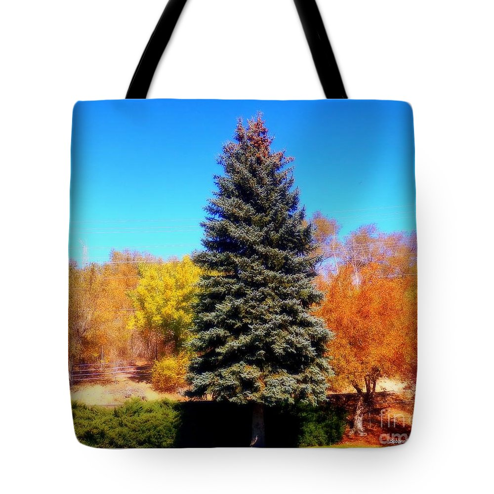 Acrylic Prints Tote Bag featuring the photograph Center Of Attention by Bobbee Rickard