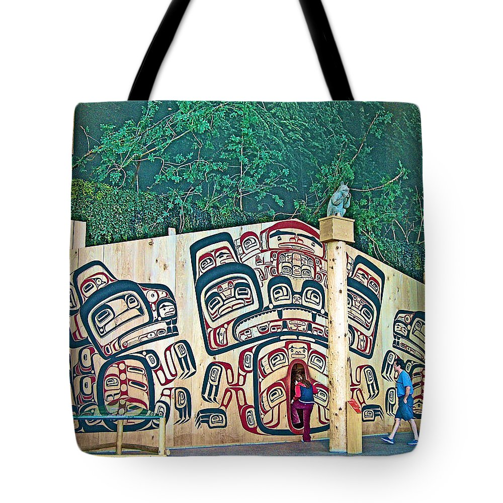 Ceremonial Lodge In Canadian Museum Of Civilization In Gatineau Tote Bag featuring the photograph Ceremonial Lodge In Canadian Museum Of Civilization In Gatineau- by Ruth Hager