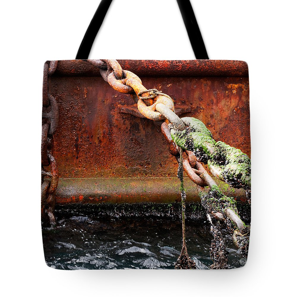 Metal Tote Bag featuring the photograph Chains by Rick Piper Photography