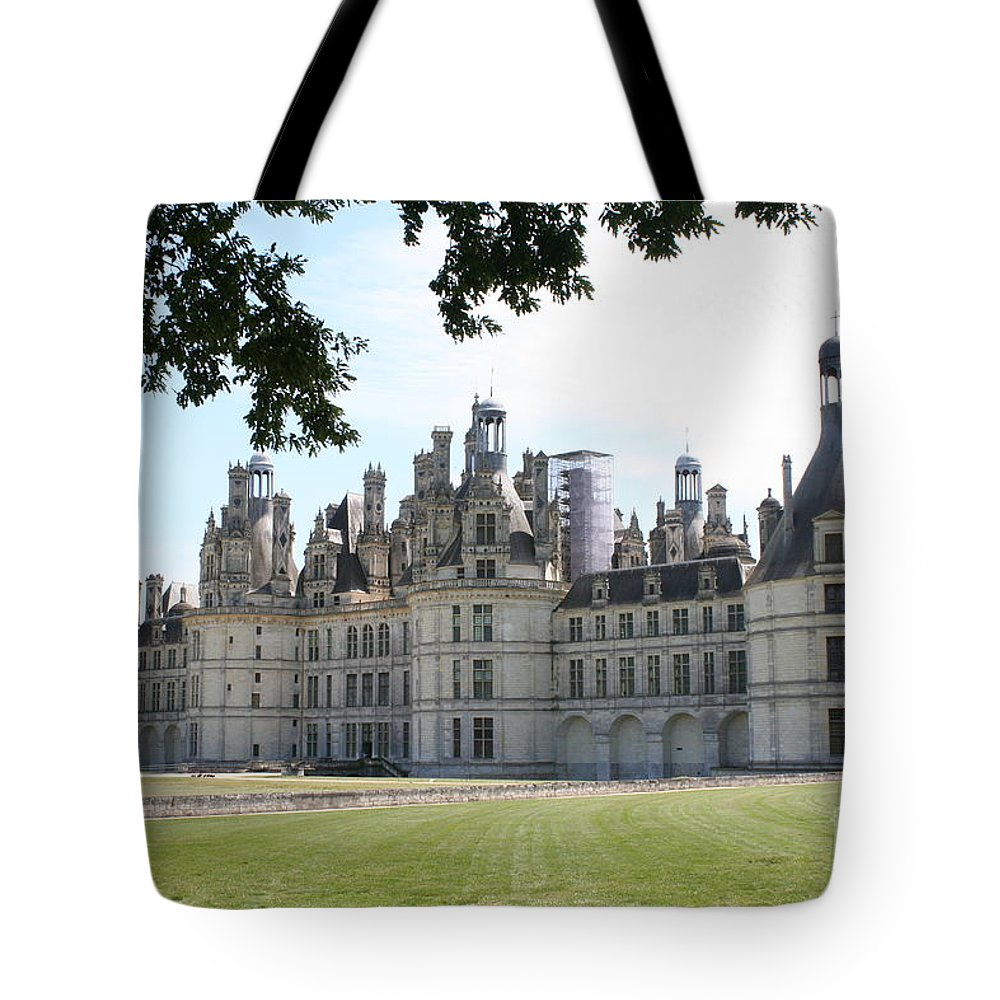 Palace Tote Bag featuring the photograph Chateau Chambord - France by Christiane Schulze Art And Photography