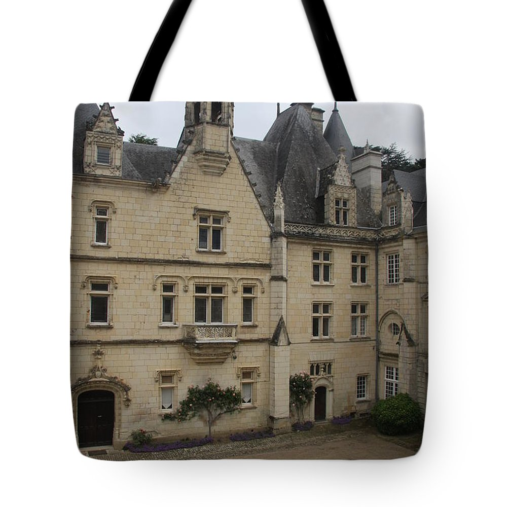 Palace Tote Bag featuring the photograph Chateau D'usse by Christiane Schulze Art And Photography
