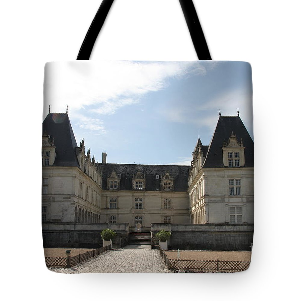 Palace Tote Bag featuring the photograph Chateau Villandry by Christiane Schulze Art And Photography
