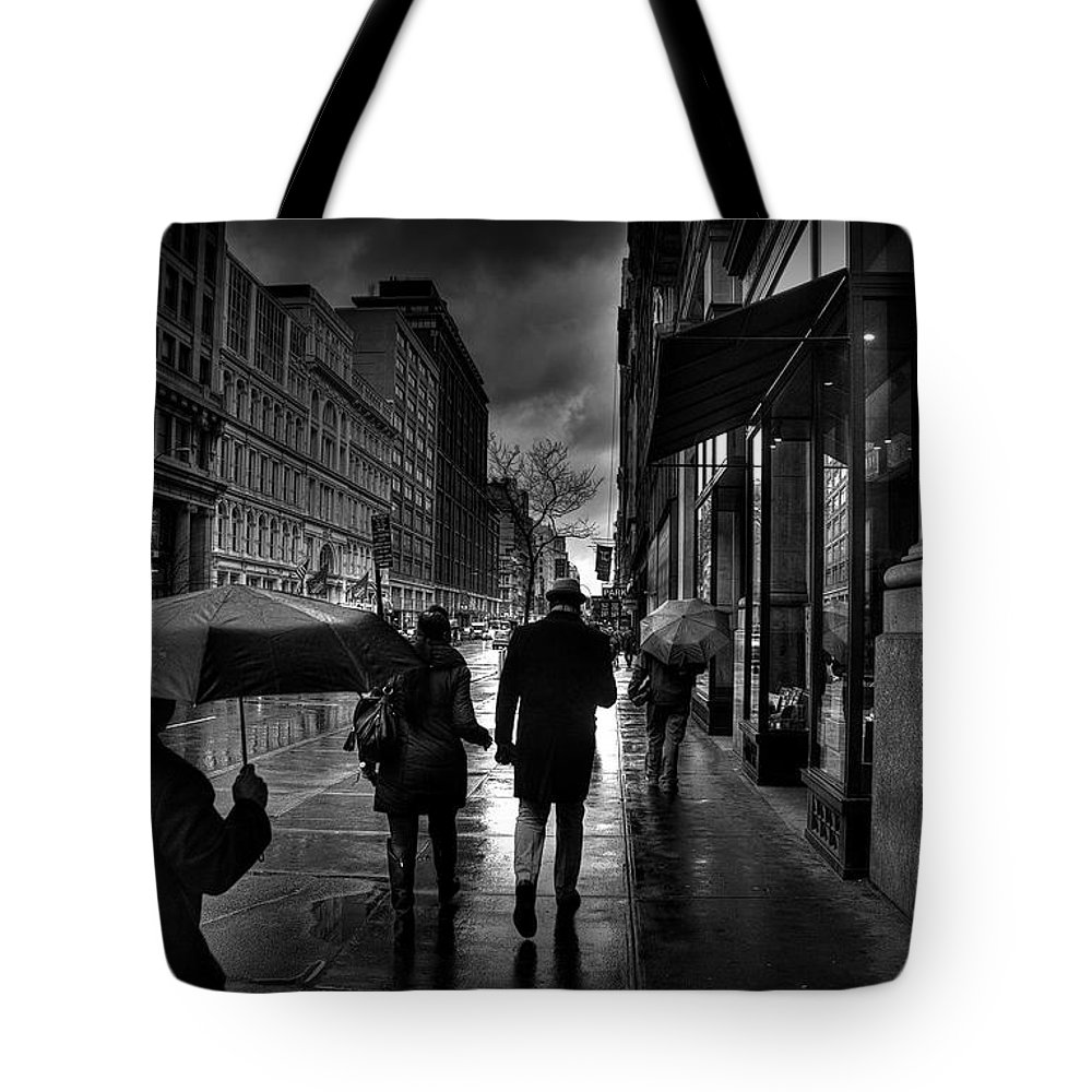 New York Tote Bag featuring the photograph Chelsea Rain by Jeff Watts