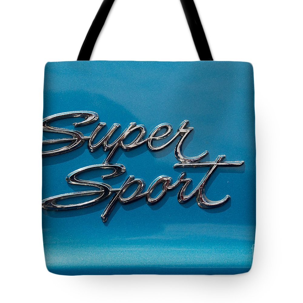Car Tote Bag featuring the photograph Chevy Super Sport II Emblem by Mark Dodd