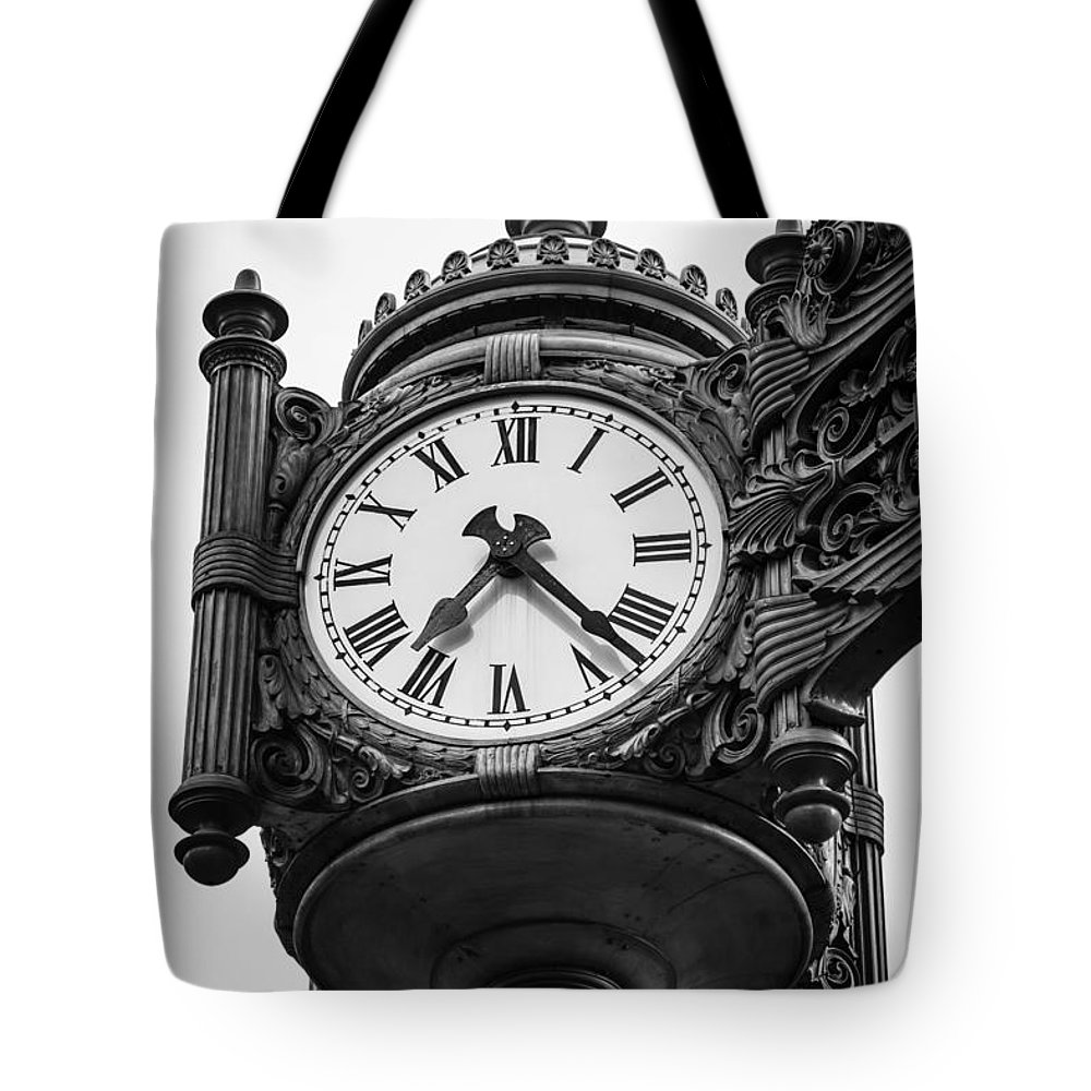 America Tote Bag featuring the photograph Chicago Macy's Marshall Field's Clock in Black and White by Paul Velgos