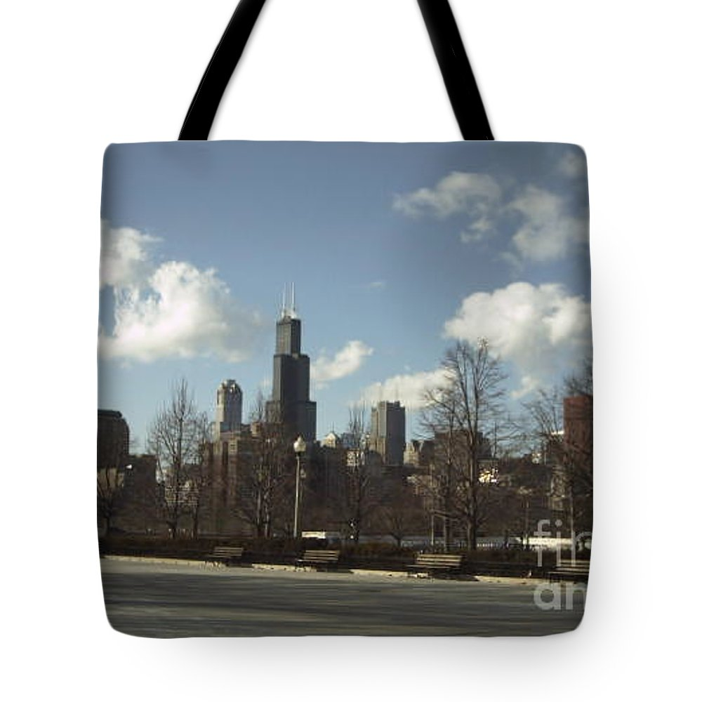 Chicago Skyline Tote Bag featuring the photograph Chicago Skyline Postcard by Minding My Visions by Adri and Ray