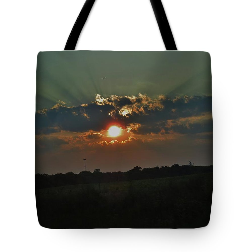 Chicago Tote Bag featuring the photograph Chicago Sunset by Amanda Edwards