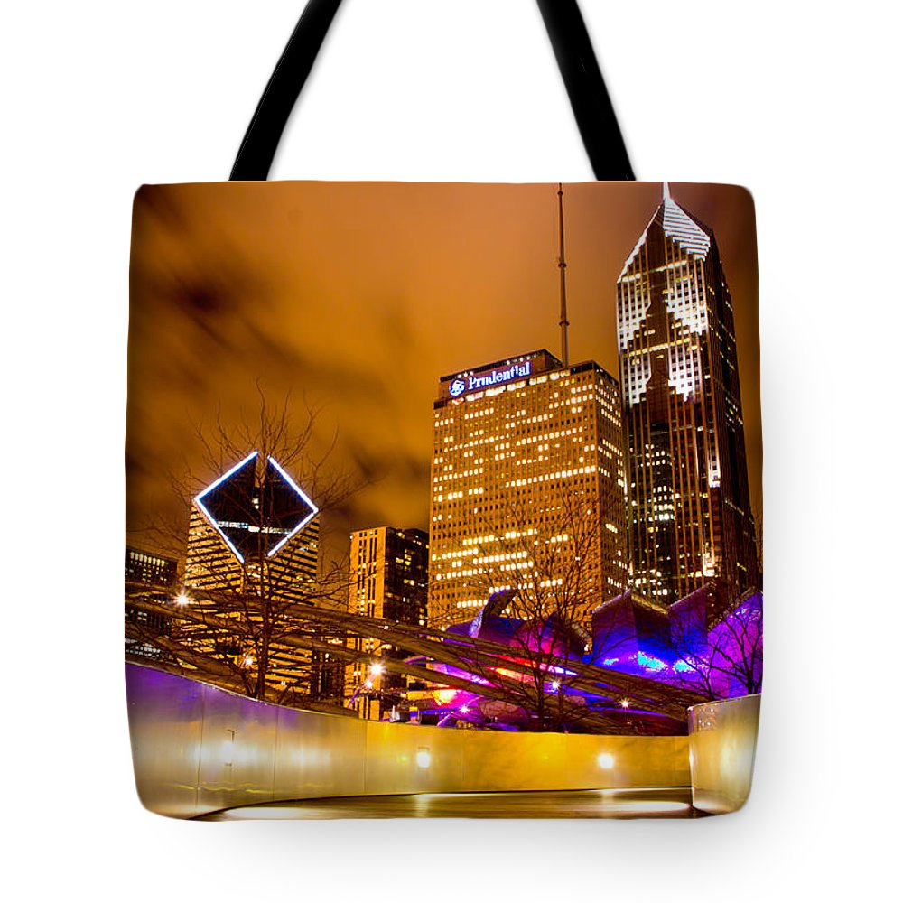 Chicago Tote Bag featuring the photograph Chicago Walkway by John McGraw