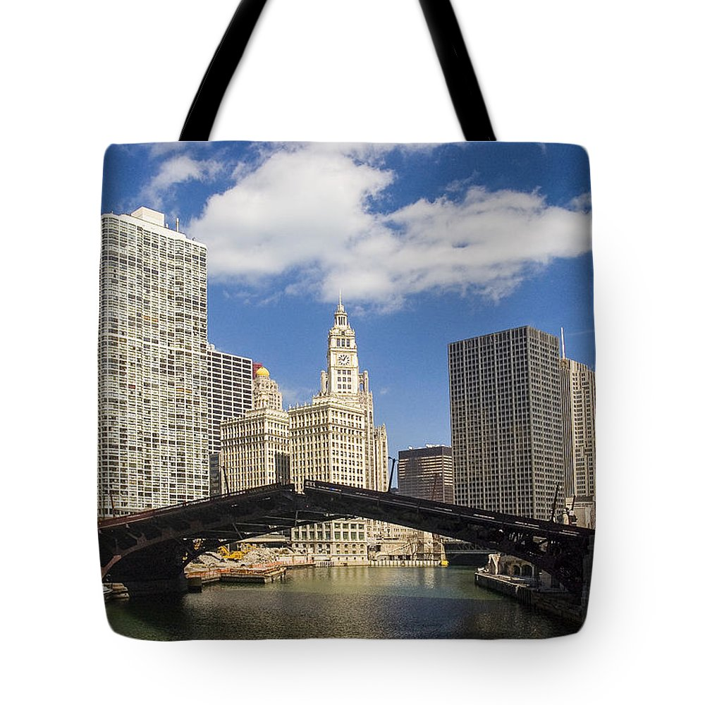 Buildings Tote Bag featuring the photograph Chicagobridge Up by Patrick Warneka