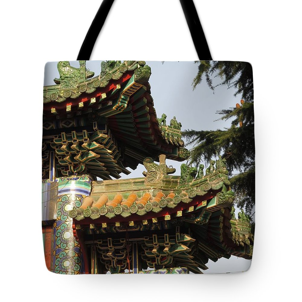 Chinese Temple Roofs Tote Bag featuring the photograph Chinese Temple Roofs by Alfred Ng