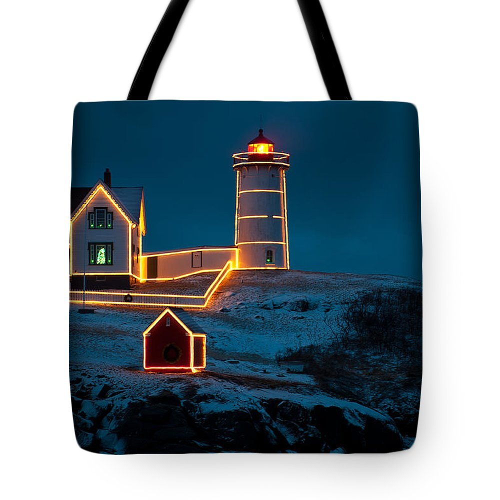 Christmas At Nubble Light Tote Bag for Sale by Paul Mangold