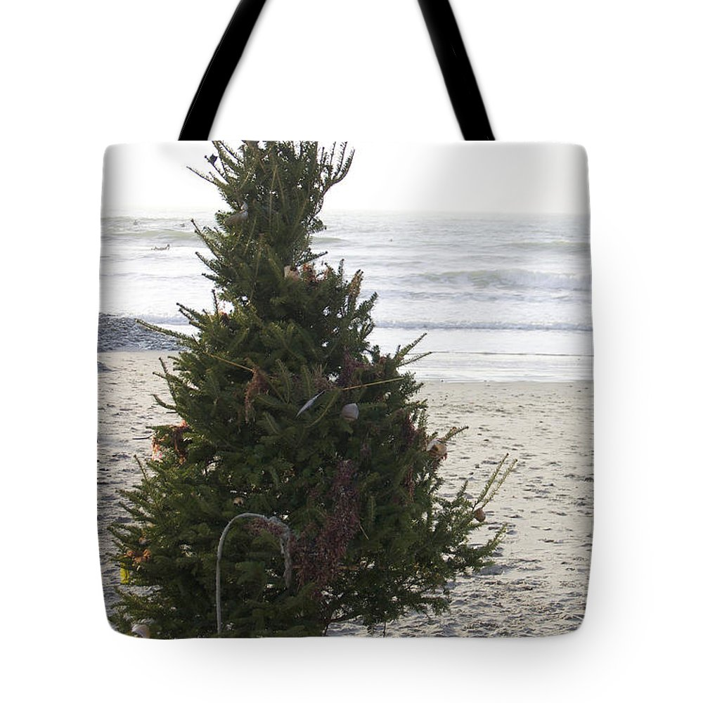 Christmas Tree Tote Bag featuring the photograph Christmas On The Beach 1 by Michael Mooney