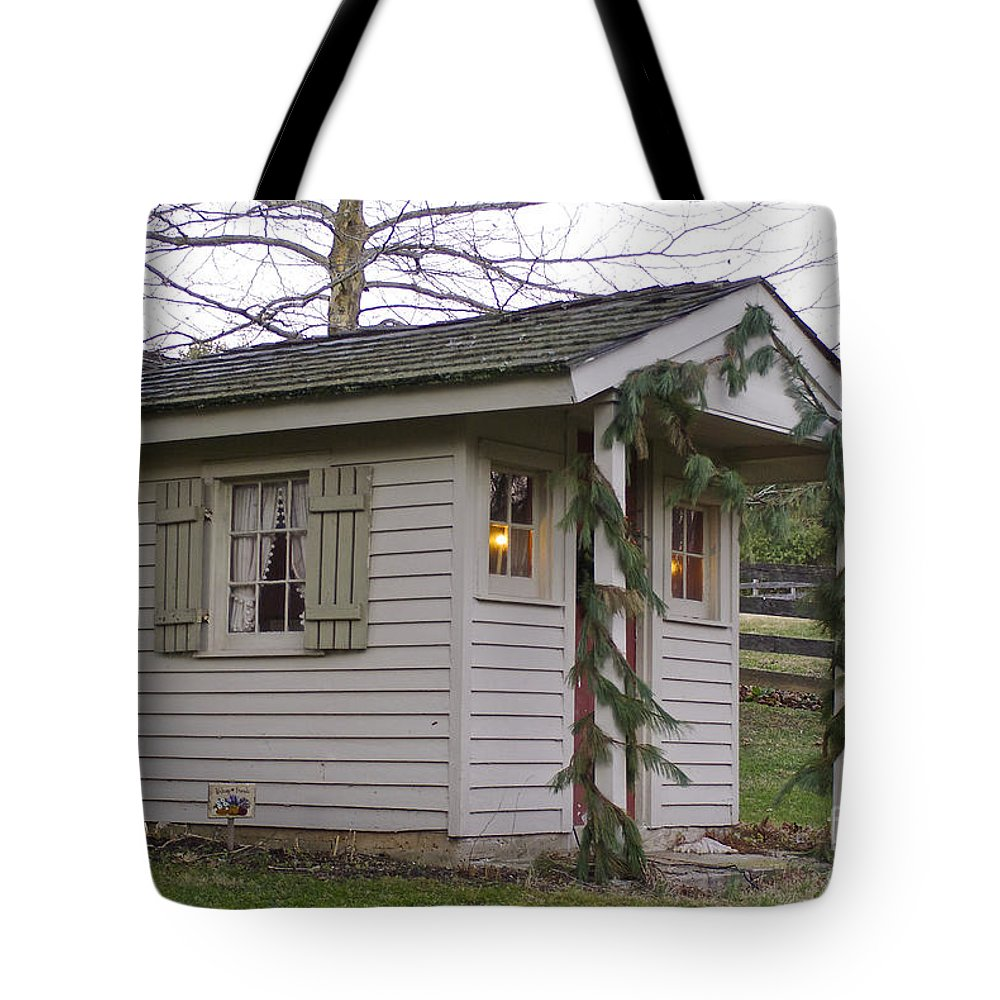 Christmas Tote Bag featuring the photograph Christmas Shed by Lori Amway