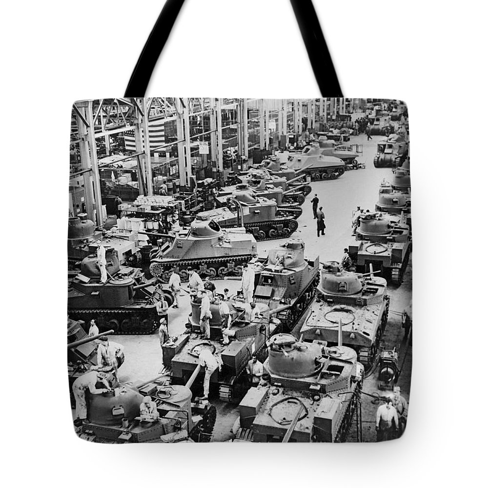 1940s Tote Bag featuring the photograph Chrysler Tank Plant by Underwood Archives