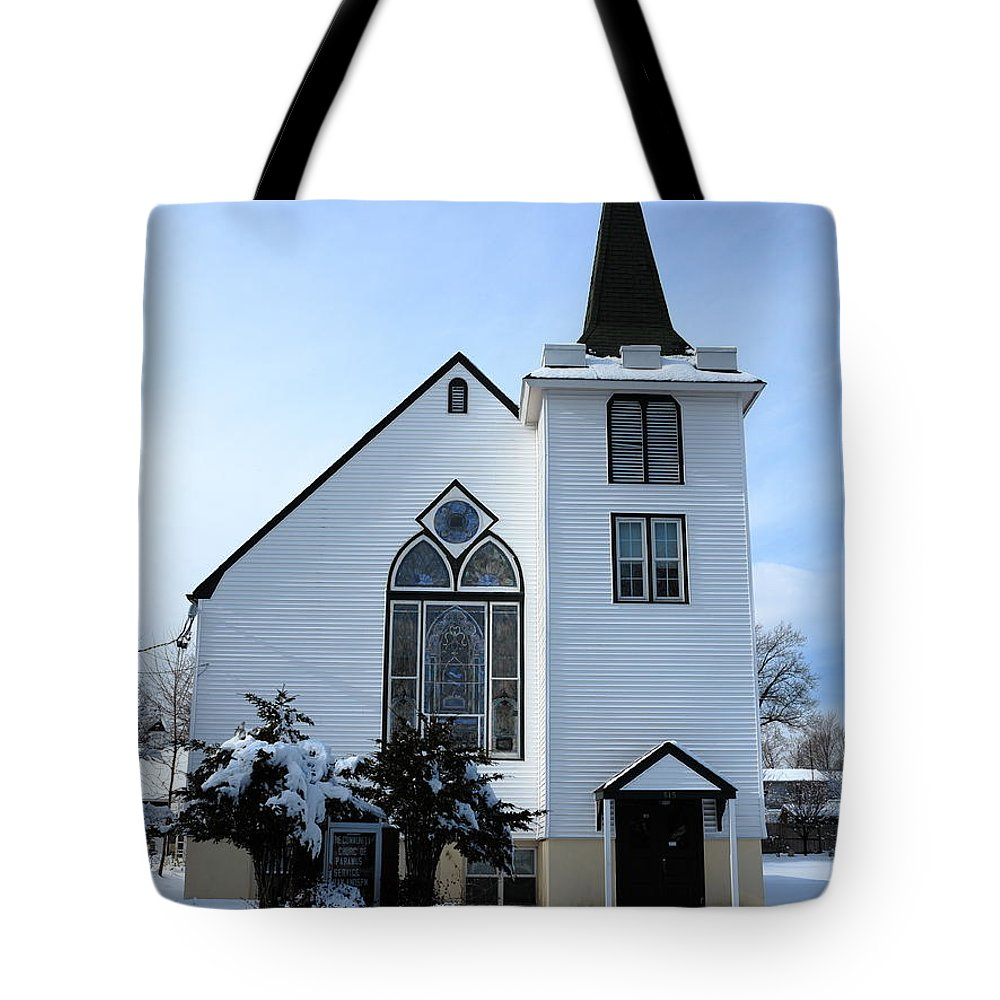 America Tote Bag featuring the photograph Paramus Nj - Church And Steeplechurch And Steeple by Frank Romeo