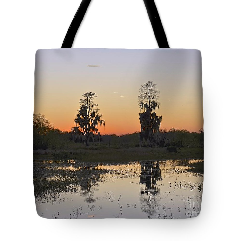 Sunset Tote Bag featuring the photograph Circle B Sunset by Carol Bradley