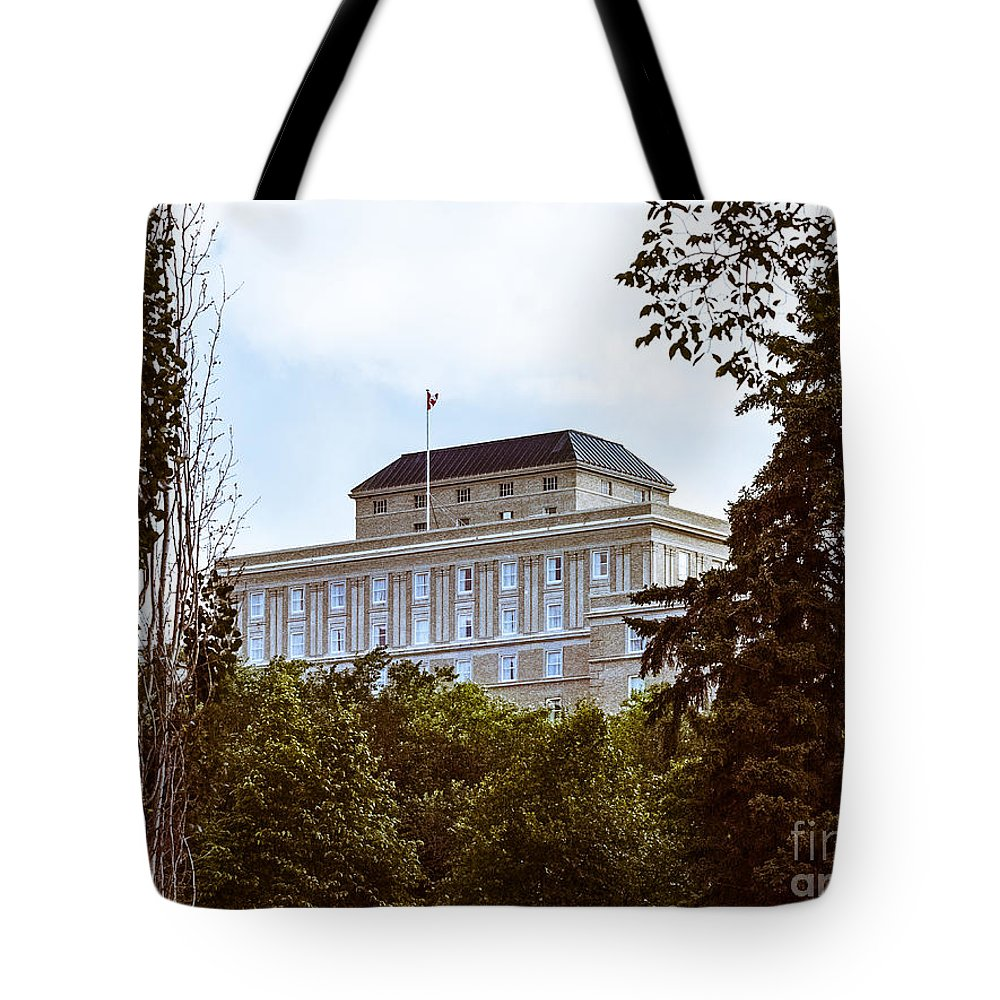 Urban Colour Tote Bag featuring the photograph City Center -36 by David Fabian