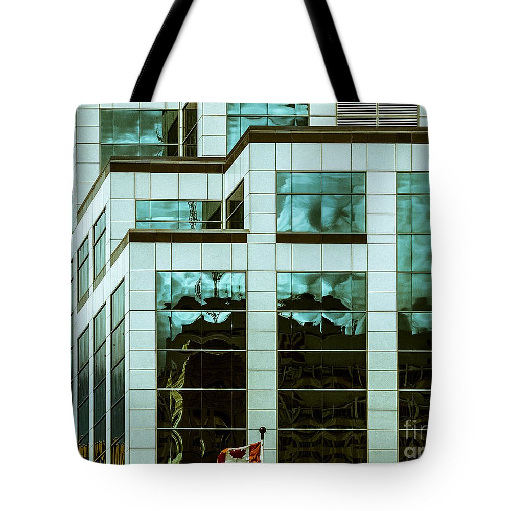 Digital Colour Tote Bag featuring the photograph City Cnter-80 by David Fabian