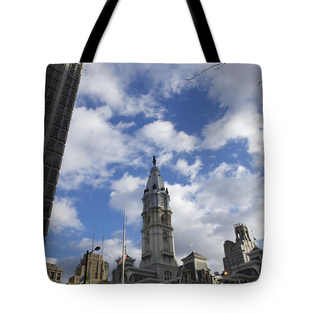 Billy Penn Tote Bag featuring the photograph City Hall by Photographic Arts And Design Studio