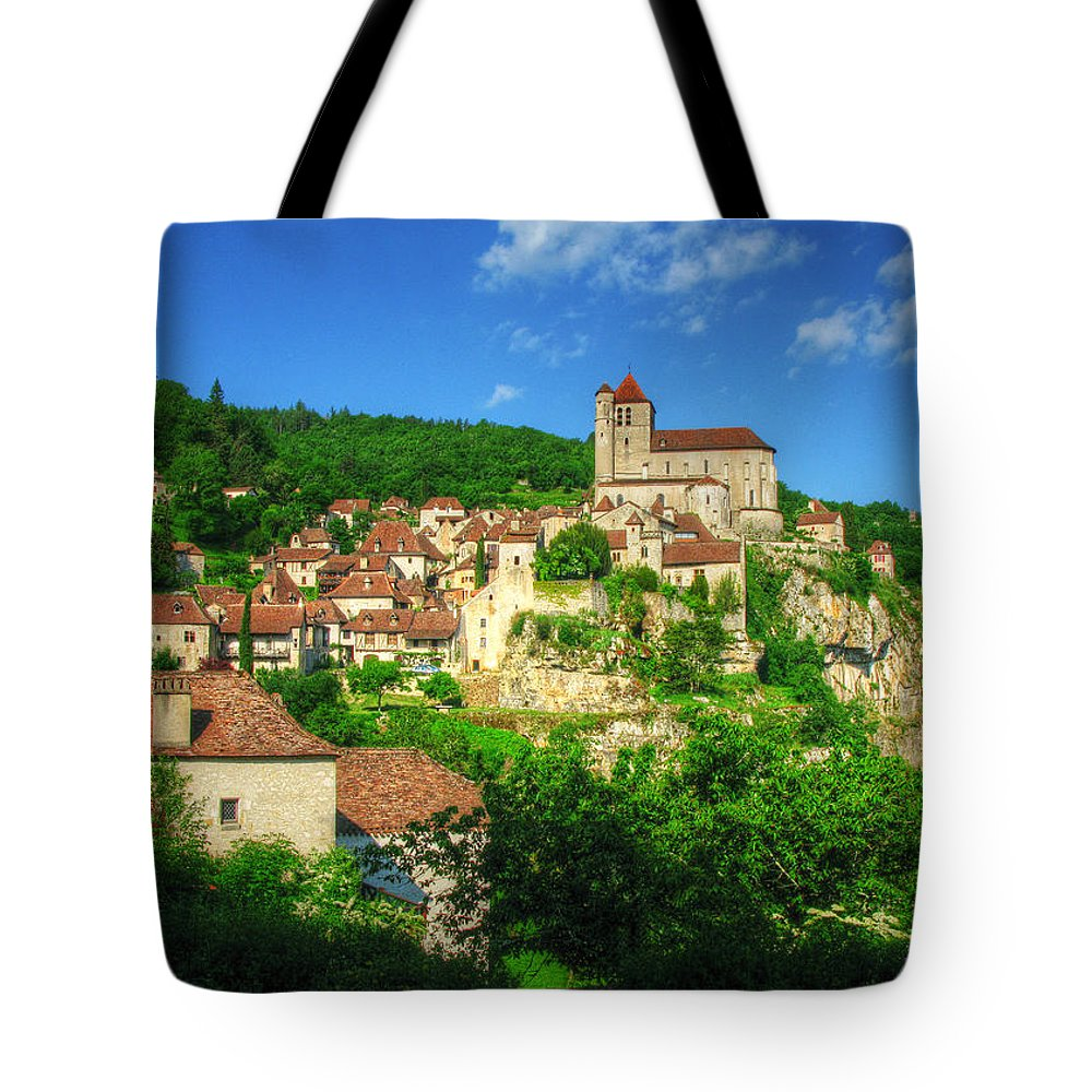 St Cirq Lapopie Tote Bag featuring the photograph Cliffside Village by Douglas J Fisher