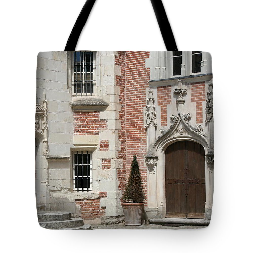 Leonardo Da Vinci Tote Bag featuring the photograph Clos-luce Amboise by Christiane Schulze Art And Photography
