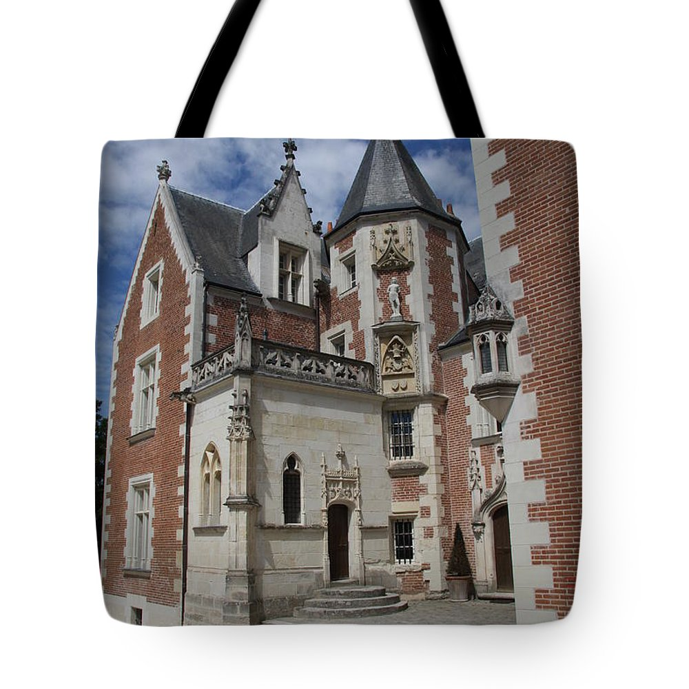 Leonardo Da Vinci Tote Bag featuring the photograph Clos Luce - Amboise - France by Christiane Schulze Art And Photography