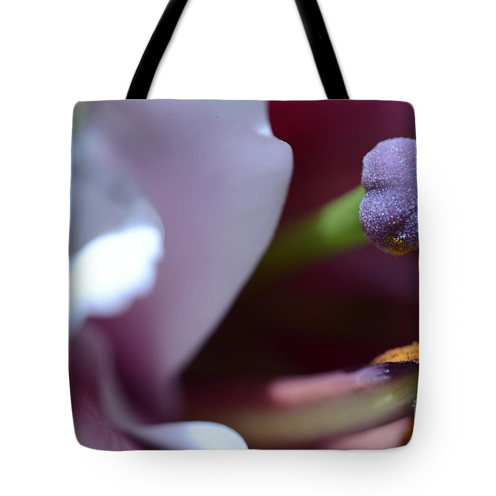 Flower Tote Bag featuring the photograph Close Up On A Lily by Elaine Berger