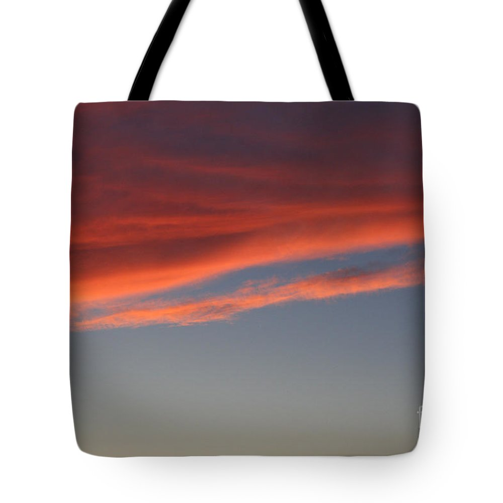 Outdoors Tote Bag featuring the photograph Cloud by Susan Herber