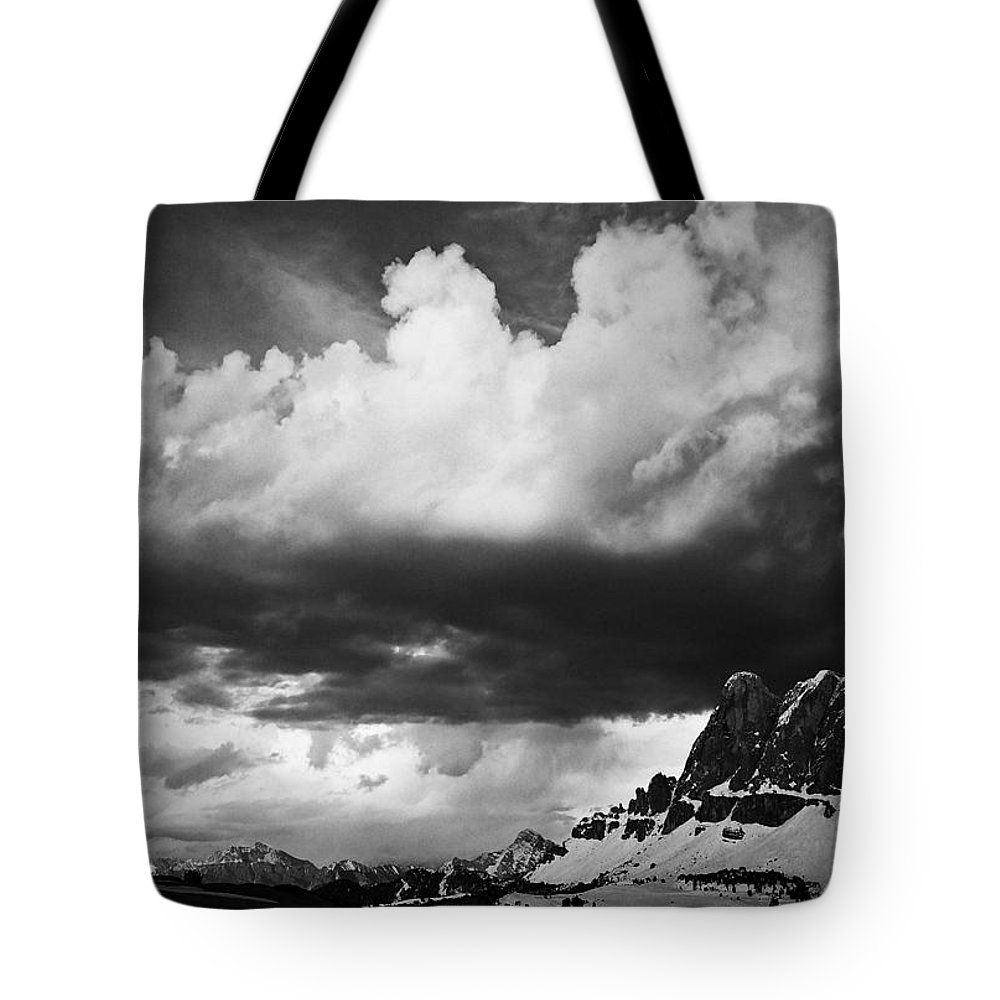 Landscape Tote Bag featuring the photograph Cloudbreak by Ingrid Smith-Johnsen