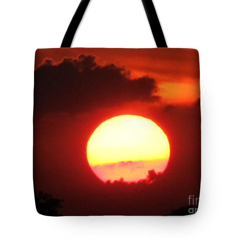 Sun Tote Bag featuring the photograph Cloudy Sunset 21 May 2013 by Tina M Wenger