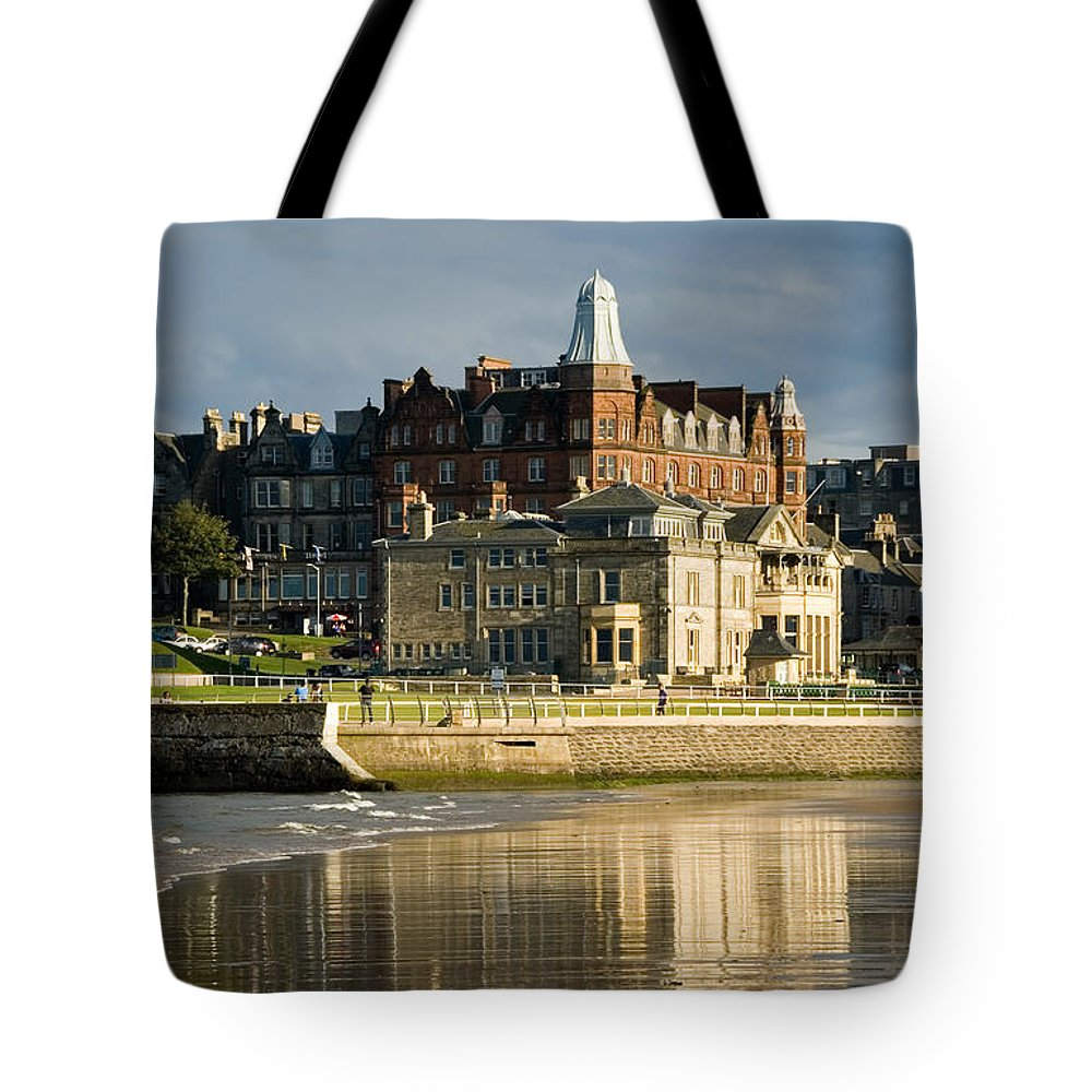 St. Andrews Tote Bag featuring the photograph Club House St Andrews by Jeremy Voisey